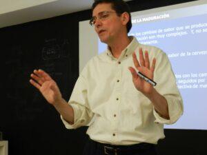 Lee más sobre el artículo Entrevista a Dr. Hugo Patiño, instructor en Siebel Institute of Technology