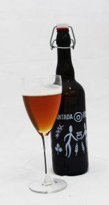 Encantada: presentación de la cerveza neolítica en el yacimiento que la inspiró, la Cueva de Can Sadurní