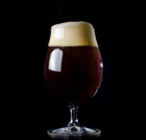 El estilo de cerveza Old Ale: sus secretos y una receta para que lo elabores en casa